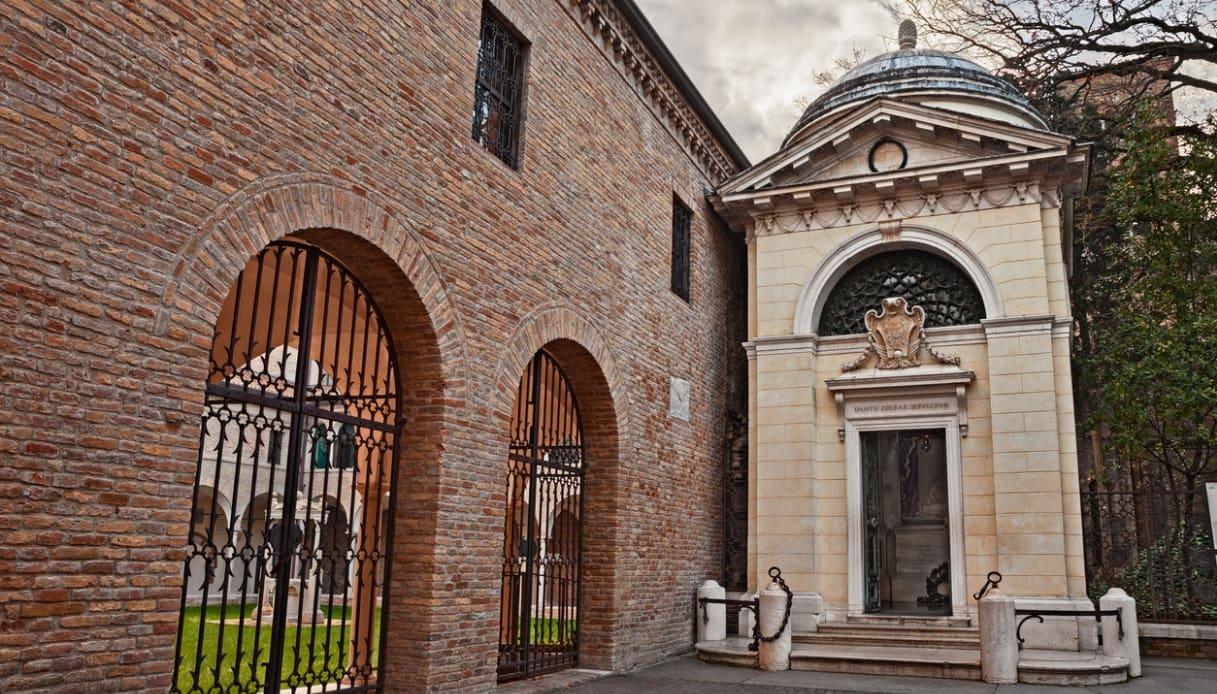 La tomba di Dante